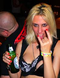 Petite european sluts are into extremely wild orgy at the drunk party  1189916
