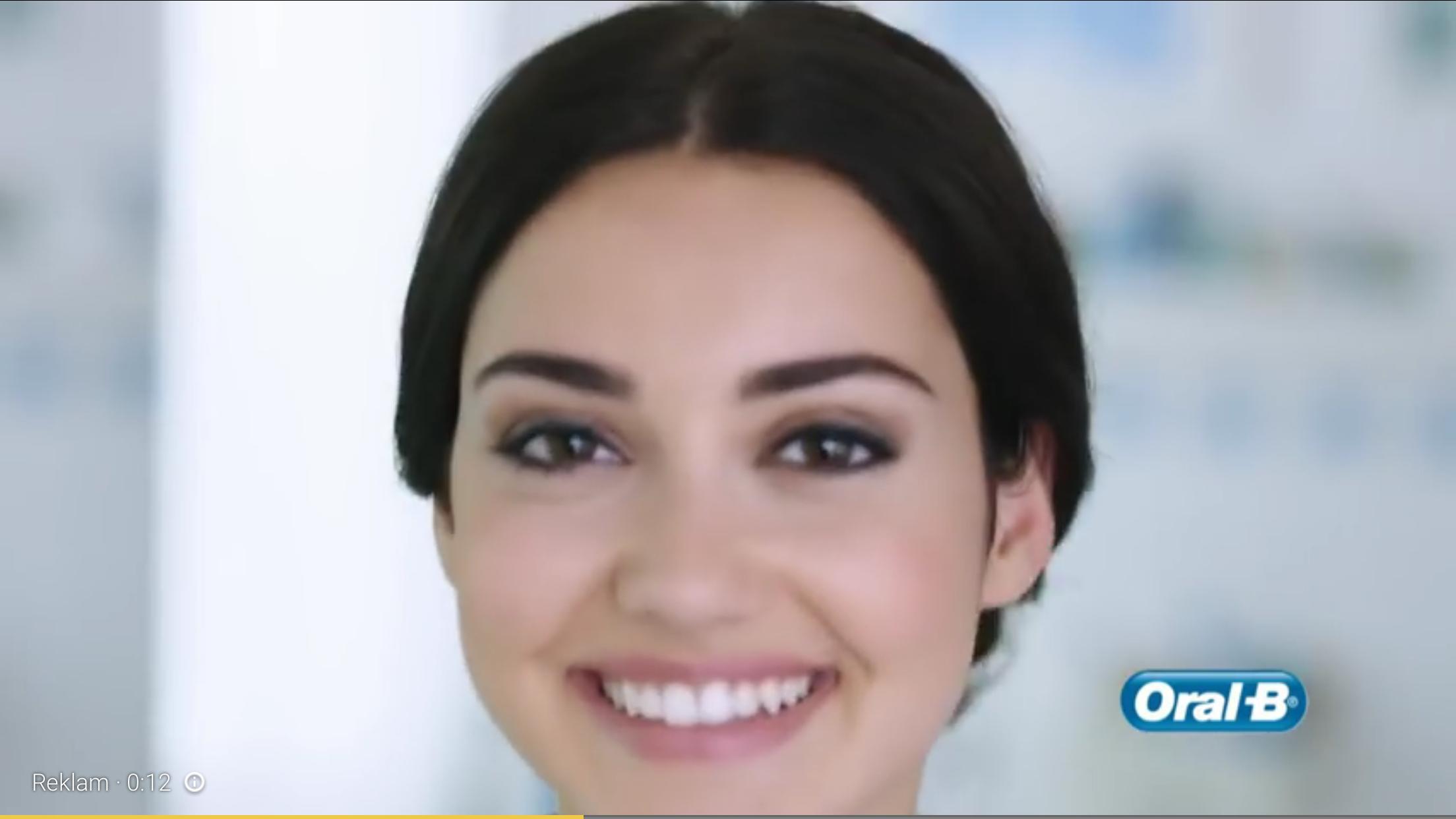 Реклама oral b 12 фотография