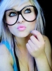 gözlüklü kız çekiciliği